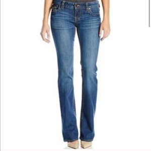 Kut from the Kloth Felicia Baby Bootcut 6